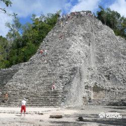 xel-ha-coba-parque-cancun-grupo-sobe-ruina-arqueologica