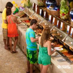 xel-ha-parque-cancun-casais-no-restaurante