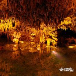 xplor-fuego-parque-cancun-rio-subterraneo-a-noite