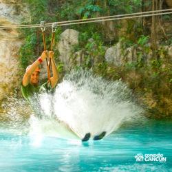 xplor-parque-cancun-homem-chega-no-rio-pela-tirolesa