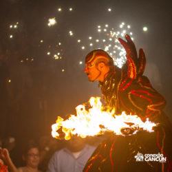 balada-noitada-boate-festa-the-city-cancun-artista-do-fogo