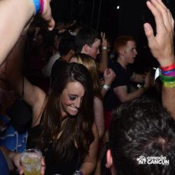 balada-noitada-boate-festa-the-city-cancun-mulheres-dancando