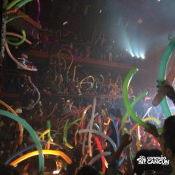 balada-noitada-festa-coco-bongo-cancun-publico-animado-dancando