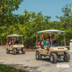 clube-de-praia-caribbean-funday-isla-mujeres-cancun-passeio-de-carrinho-de-golfe