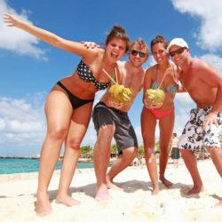 clube-de-praia-discovery-chankanaab-cozumel-cancun-grupo-na-praia