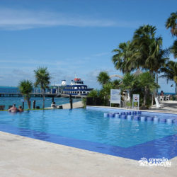 clube-de-praia-isla-discovery-dolphin-discovery-isla-mujeres-cancun-piscina