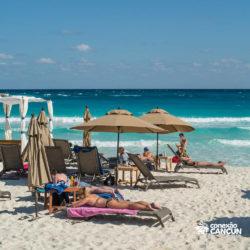 clube-de-praia-mandala-beach-dia-cancun-visao-da-praia