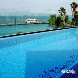 clube-de-praia-park-garrafon-dolphin-discovery-isla-mujeres-cancun-vista-da-piscina-area-vip