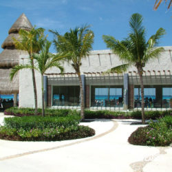 dive-with-dolphin-discovery-cancun-cozumel-isla-mujeres-boutique
