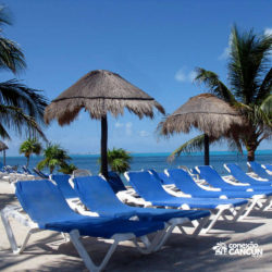 dolphin-royal-swim-vip-plus-isla-mujeres-cancun-cadeiras-de-praia