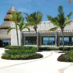 encontro-com-peixe-boi-dolphin-discovery-cozumel-cancun-isla-mujeres-boutique