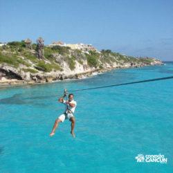 parque-garrafon-dolphin-discovery-royal-swim-vip-plus-isla-mujeres-cancun-homem-na-tirolesa