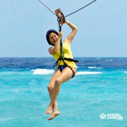 parque-garrafon-dolphin-discovery-royal-swim-vip-plus-isla-mujeres-cancun-mulher-tirolesa