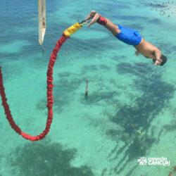 aventura-bungee-jump-extreme-adventure-bay-cancun-homem-saltando