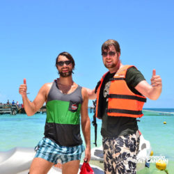 aventura-jet-ski-wave-runner-adventure-bay-cancun-amigos