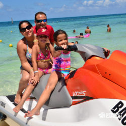 aventura-jet-ski-wave-runner-adventure-bay-cancun-familia