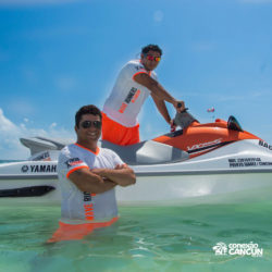 aventura-jet-ski-wave-runner-adventure-bay-cancun-instrutores