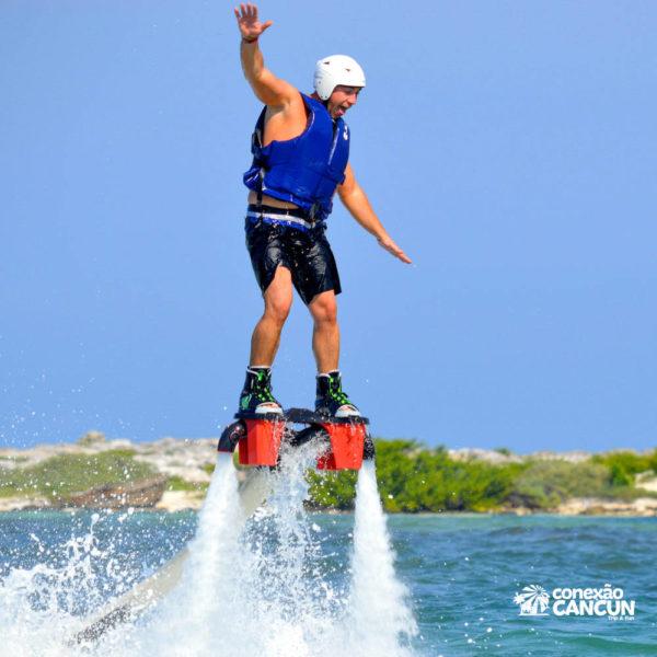Pratica do Flyboard Water