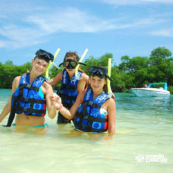 aventura-jungle-tour-aquatours-cancun-familia-com-mascaras-mergulho