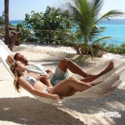 dolphin-discovery-catamara-swim-adventure-isla-mujeres-cancun-casal-na-rede