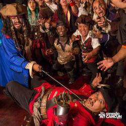 espetaculos-captain-hook-cancun-show-de-espadas