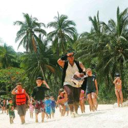 espetaculos-jolly-roger-barco-pirata-isla-mujeres-cancun-grupo-caca-ao-tesouro