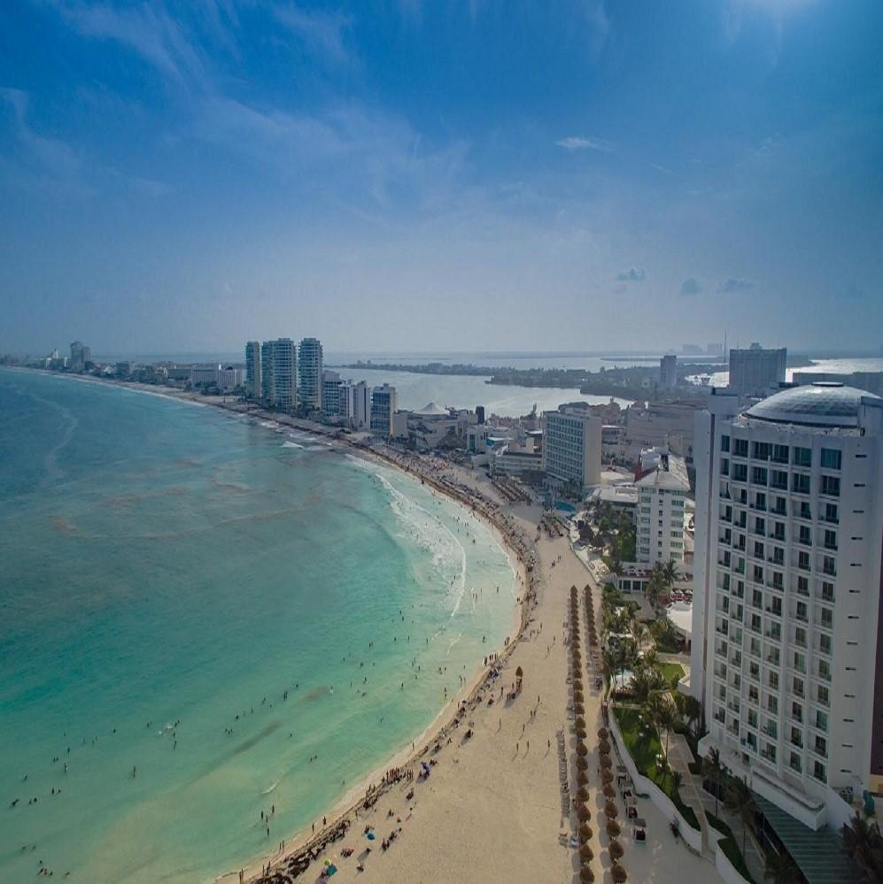 Vista aérea de uma das praias de Cancun, uma das principais atrações em Cancun